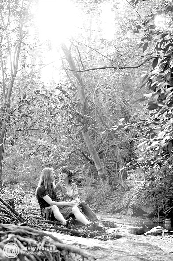 Engagement Pictures in Falls Park, Greenville, SC | Davey Morgan Photography