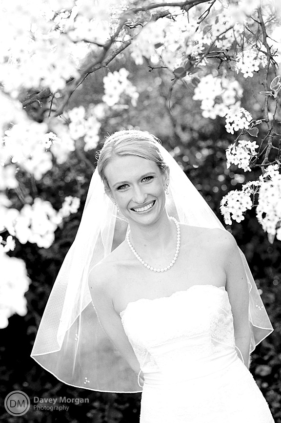 Bride black and white photo | Davey Morgan Photography