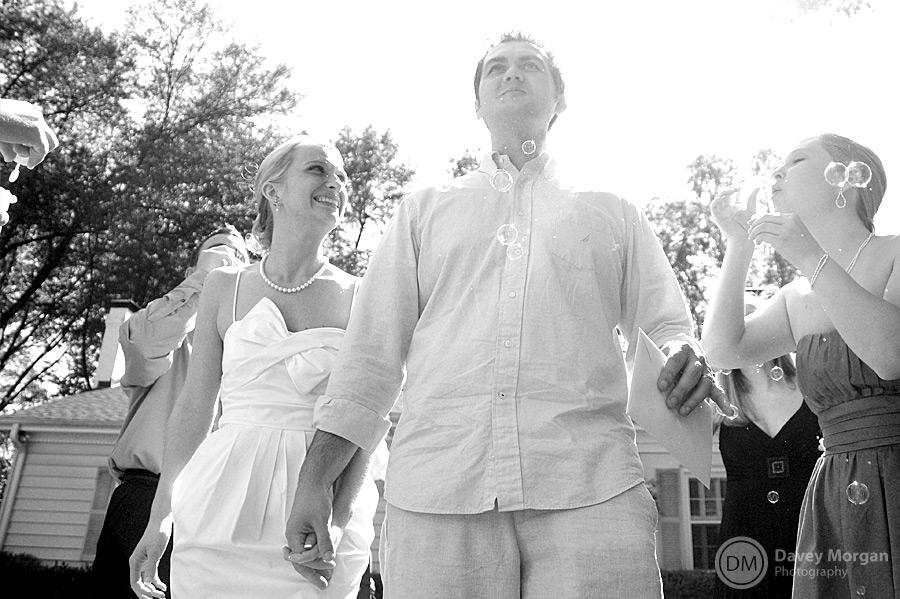 Bride and Groom leaving for honeymoon | Davey Morgan Photography