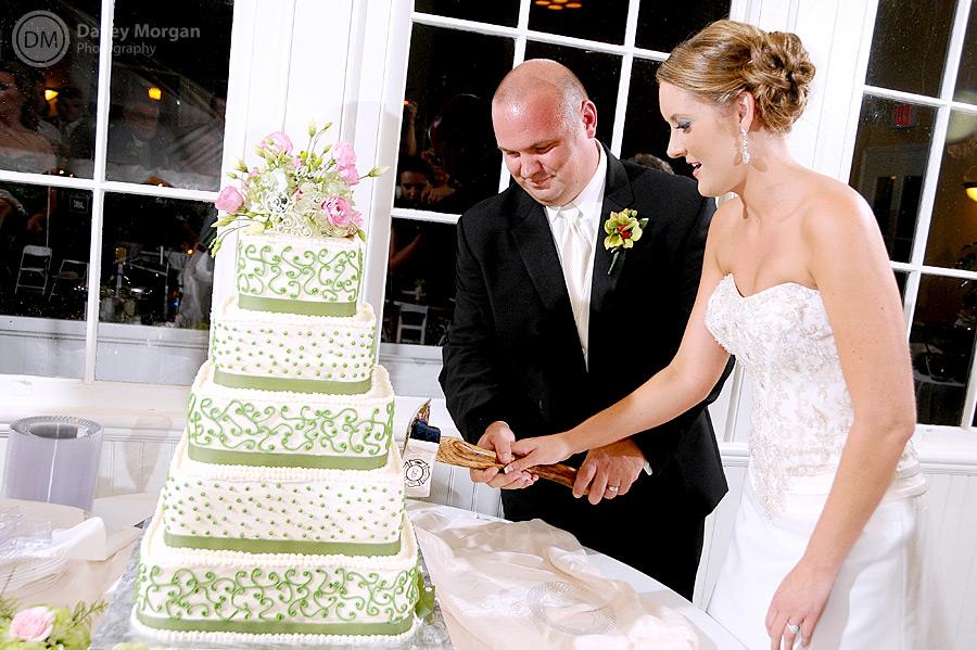 Cutting cake at Palmetto Collegiate Institute | Davey Morgan Photography