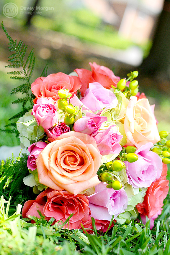 Picture of a colorful bridal bouquet | Davey Morgan Photography