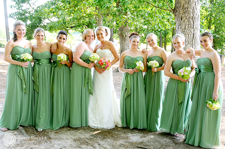 Picture of bride and bridesmaids | Davey Morgan Photography