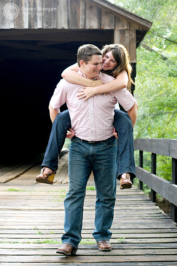 picture of a Couple on a covered bridge | Davey Morgan Photography
