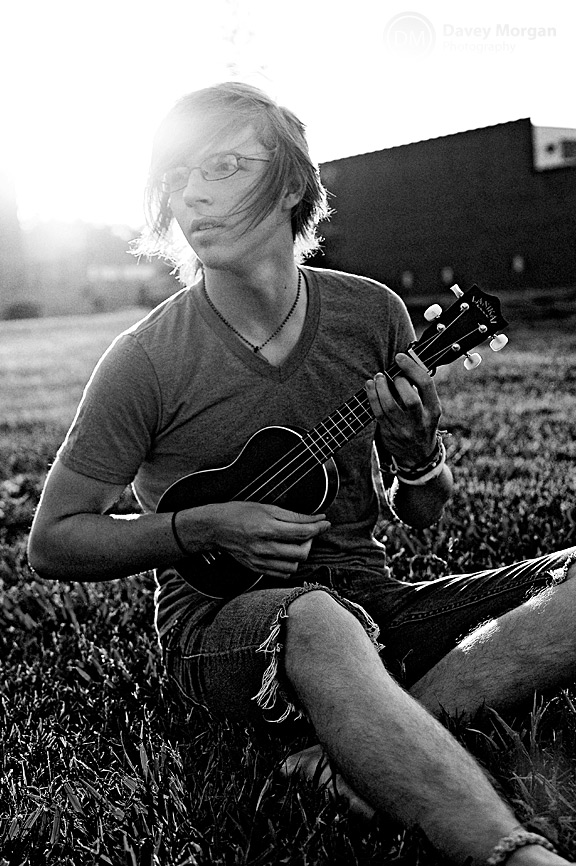 Senior playing ukulele, downtown Greenville, SC | Davey Morgan Photography