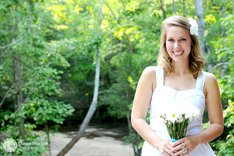 Bridal Pictures at Campbell's Covered Bridge | Davey Morgan Photography