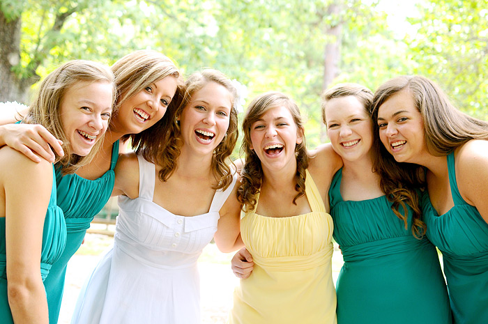 Picture of bride and bridesmaids laughing | Davey Morgan Photography