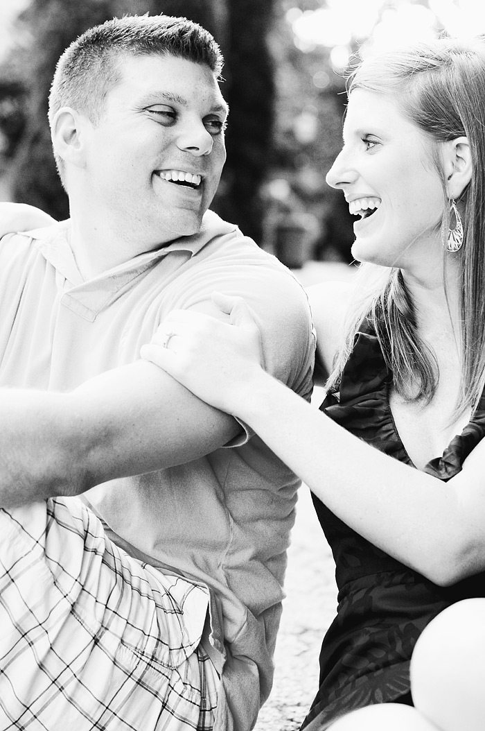 Couple laughing in Charleston, SC | Davey Morgan Photography